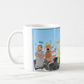 Los hombres no pueden ser mas perfectos que el sol coffee mug