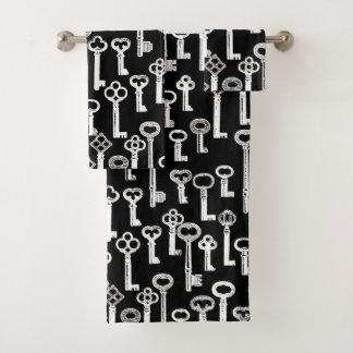 Lots Of Old Keys Pattern Bath Towel Set