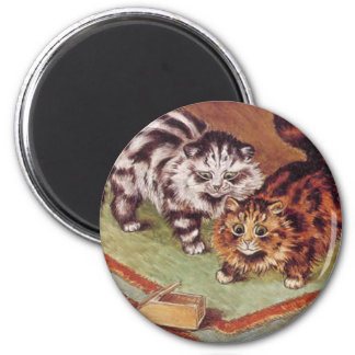 Louis Wain Cats and a Mousetrap 6 Cm Round Magnet