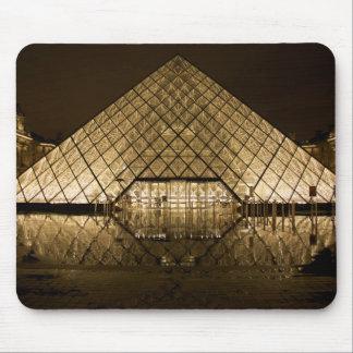 Louvre, Paris/France Mouse Pad