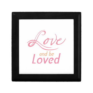 Love And Be Loved Gift Box