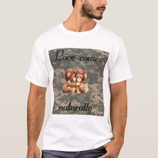Love comes naturally T-Shirt