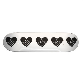 Love Connected black heart 21.6 Cm Old School Skateboard Deck