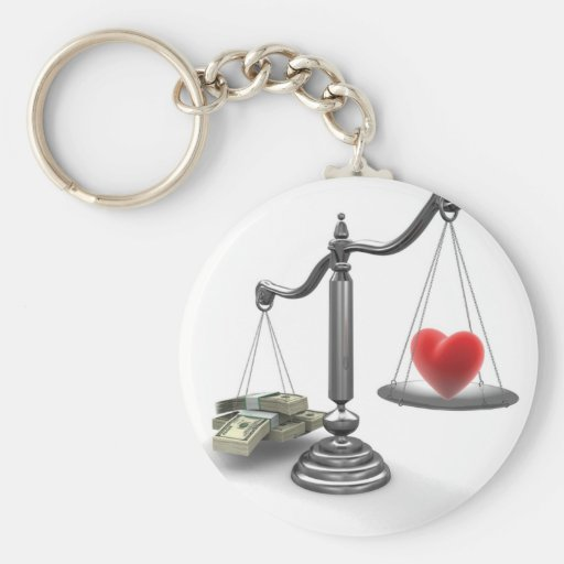 Love don't weigh a thing keychain