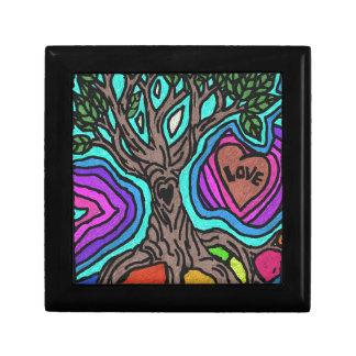 Love doodle tree keepsake boxes