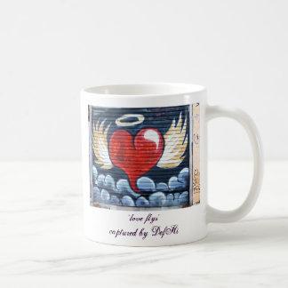 love fly's coffee mug