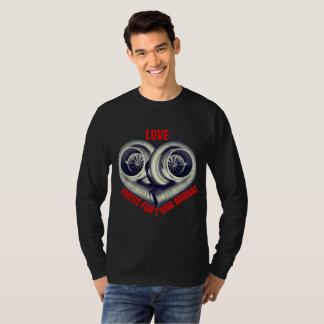 LOVE: FORTIS FORTUNA AUDIVAT T-Shirt