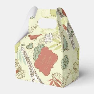 Love in Paris Pattern Favour Box