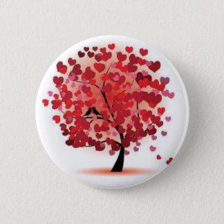 Love is growing 6 cm round badge