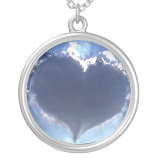 Love is in the Air: Heart Shaped Cloud: Necklace