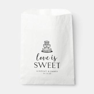 Love is Sweet | Wedding Cake Favour Bag