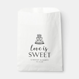Love is Sweet | Wedding Cake Favour Bags