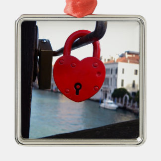 love lock in venice metal ornament
