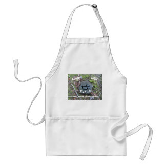Love Mother Earth. Apron