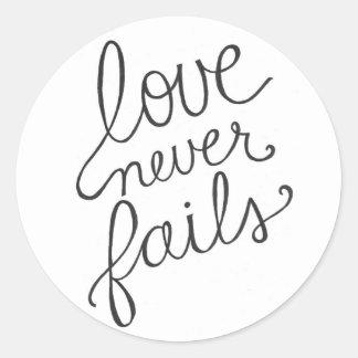 love never fails classic round sticker
