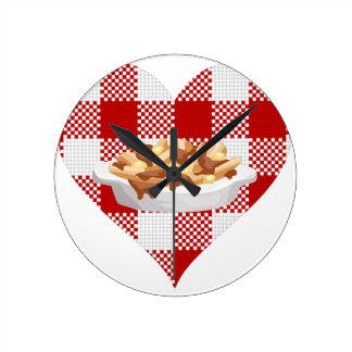 love poutine round clock