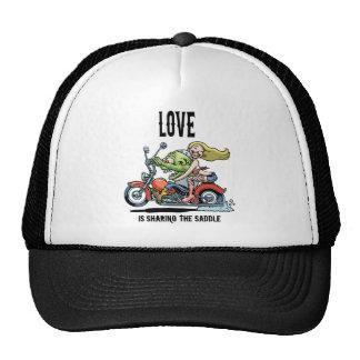 Love Saddle Cap