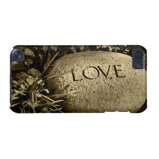 """""""Love"""" Stone iPod Touch (5th Generation) Cover"""