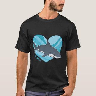 Love your Bull shark T-Shirt