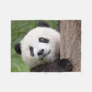 Loveable Panda bear fleece blanket