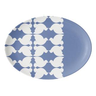 Lovebirds / 33 x 23.5 cm Porcelain Coupe Platter