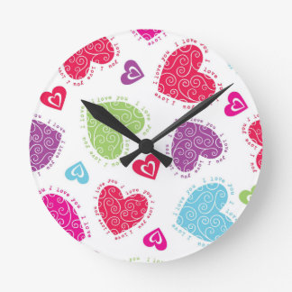 """Lovely Valentine's Day hearts and """"I love you""""text Round Clock"""