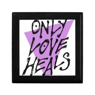 LOVES-HEAL GIFT BOX