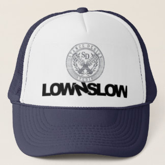 Low and slow stance design trucker hat