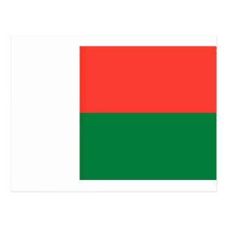 Low Cost! Madagascar Flag Postcard