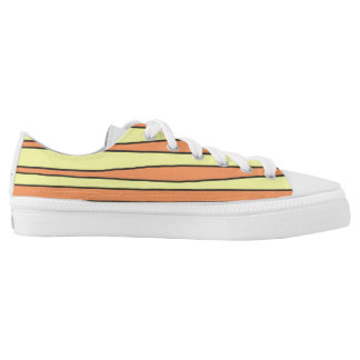 Low top shoes with stripes