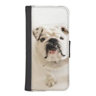 Loyal White Bulldog Photograph iPhone SE/5/5s Wallet Case
