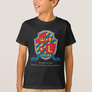 Lucas name meaning crest knights shield T-Shirt