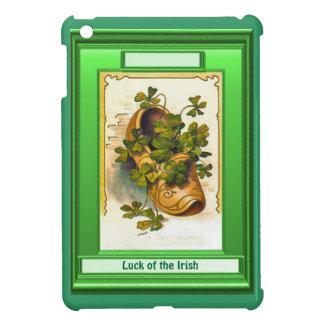 Luck of the Irish - Clog full of shamrocks iPad Mini Cases