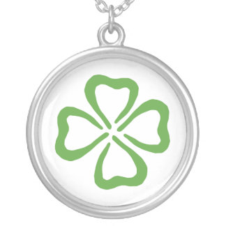 Lucky 4 Leaf Clover Round Pendant Necklace