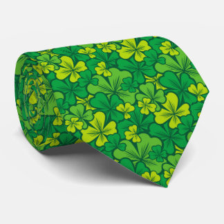 Lucky green pattern with shamrocks tie