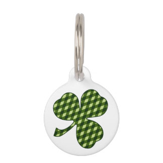 Lucky Shamrock in Green Argyle Diamond Plaid Pet Name Tag
