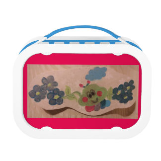 Lunchbox with caterpillar