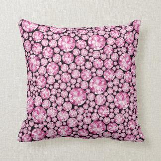 Luxurious pink Diamond Pattern Throw Cushion