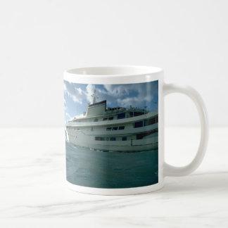 Luxury yacht mug