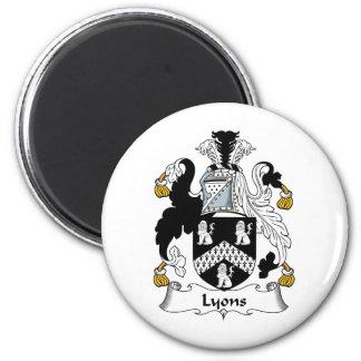 Lyons Family Crest 6 Cm Round Magnet