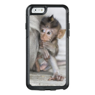Macaque Monkey OtterBox iPhone 6/6s Case
