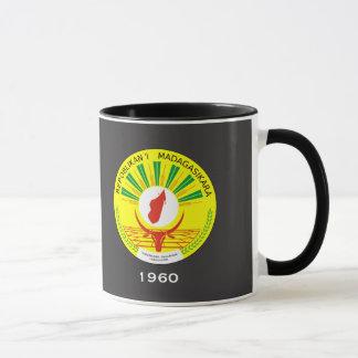 MADAGASCAR Crest Mug
