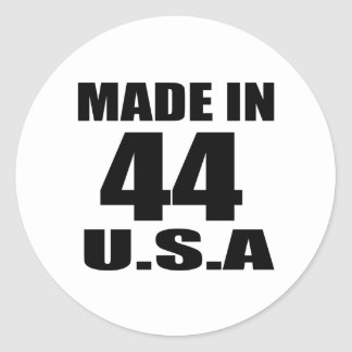 MADE IN 44 U.S.A BIRTHDAY DESIGNS CLASSIC ROUND STICKER