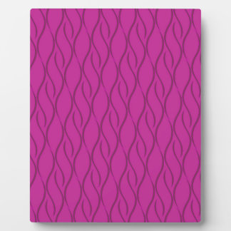 Magenta pattern plaque