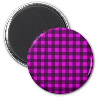 Magenta plaid pattern 6 cm round magnet