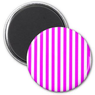 Magenta Stripes 6 Cm Round Magnet