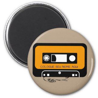 Magnet looks cassette personalizavél