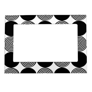 Magnetic Frame - Black Dots & Swirls on White