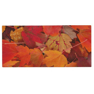 Magnificent Maple Leaves Wood USB 2.0 Flash Drive