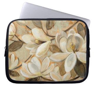 Magnolia Simplicity Cream Laptop Sleeve
